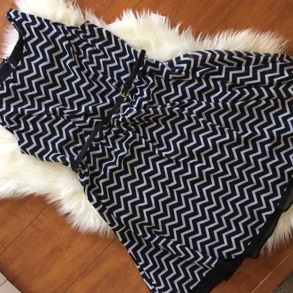 Corey P Dresses & Skirts - Chevron Print Black and White Dress Size 10